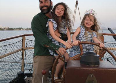 Pirate Boat Tour Cartagena La Fantastica - Children