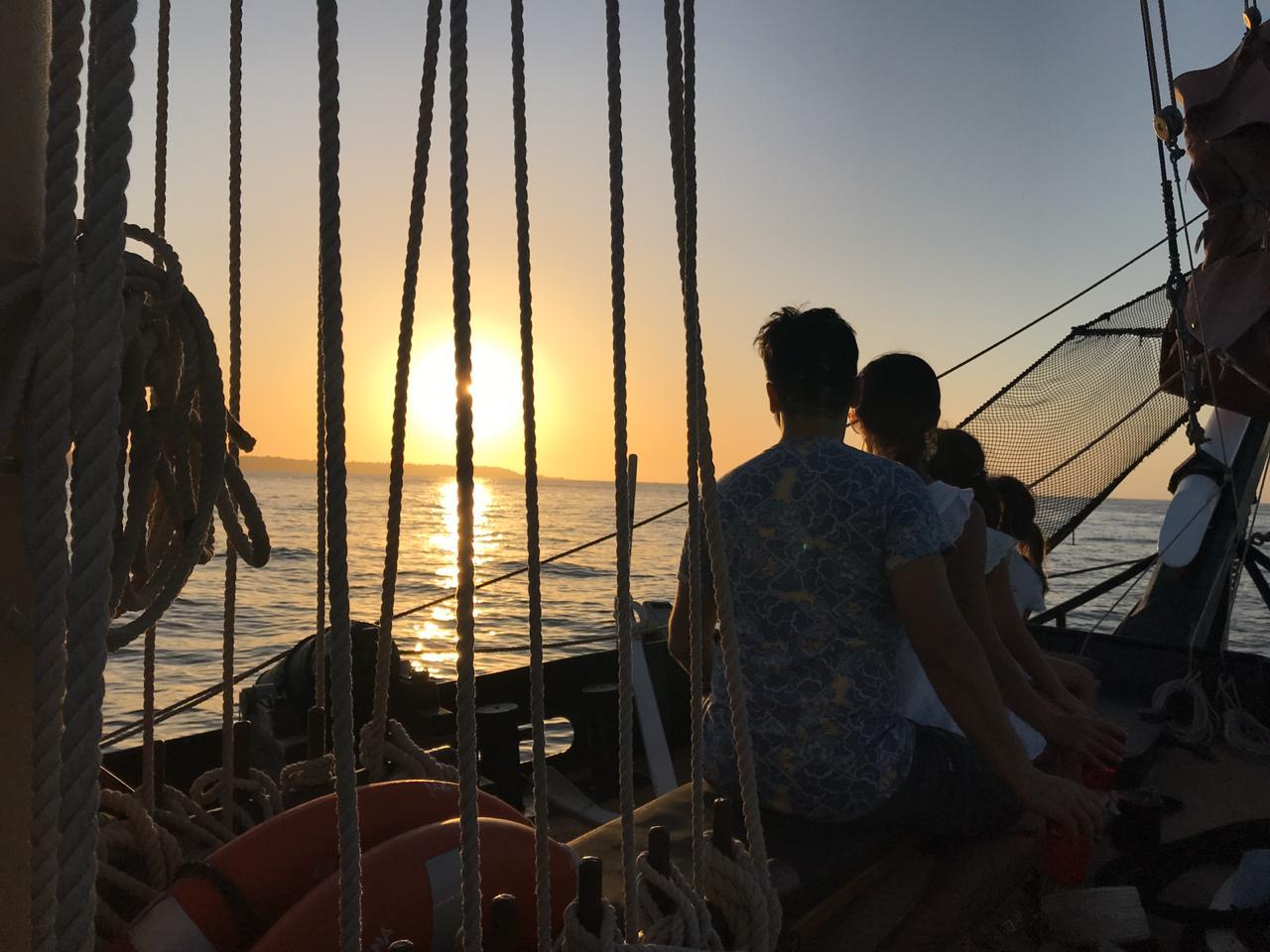 Sunset Boat Tour Cartagena Pirate Ship La Fantastica Family